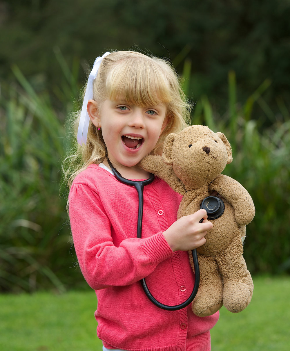 CHP_Export_92078535_Lily Inglis 6 visited Healesville Sanctuary with Milo her teddy who received.jpg