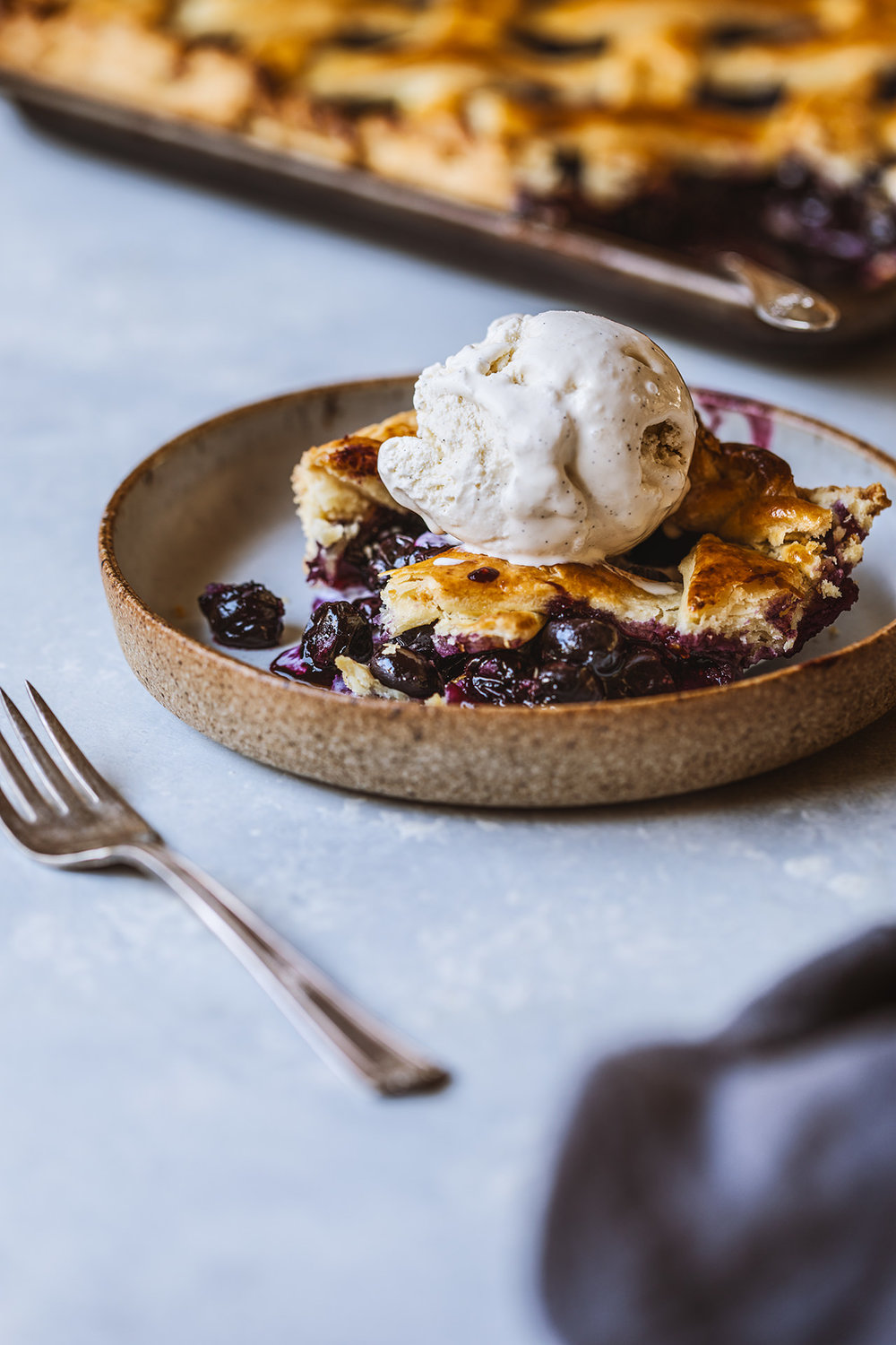 blueberry.slab.pie.6388.1-1.jpg