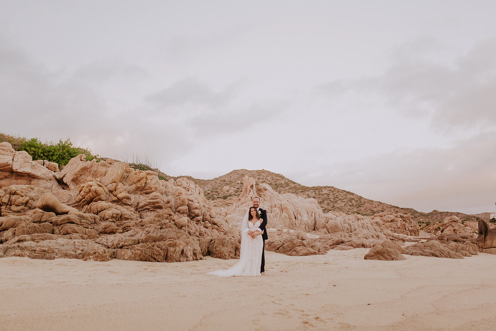 Lindsei+James_cabo_wedding_811.jpg
