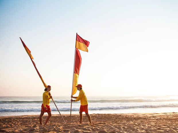 Surf-Life-Saving-Queensland-Patrol-Flags