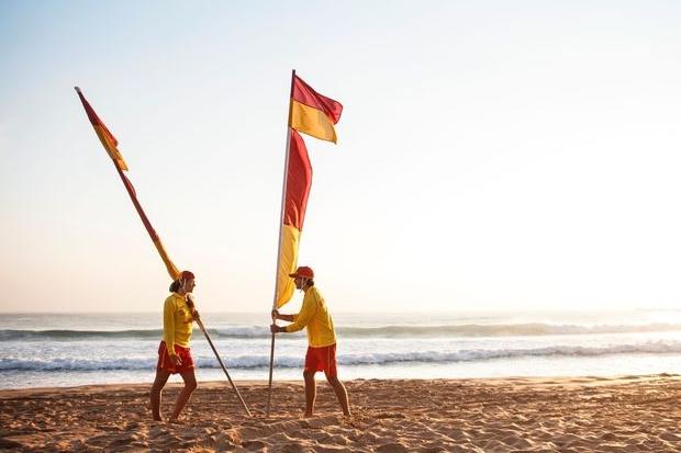 Surf-Life-Saving-Queensland-Patrol-Flags