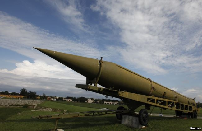 A Soviet-era projectile with a range between 500 and 5,000 kilometers that would violate the INF. Photo Credit:  https://www.rferl.org/a/up-to-russia-to-save-nuclear-arms-pact-nato-says/29637518.html