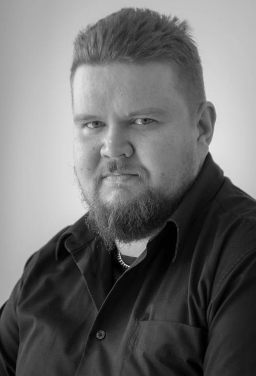 Turvakolmio järjestelmäasiantuntija Jesse Tylli.jpg
