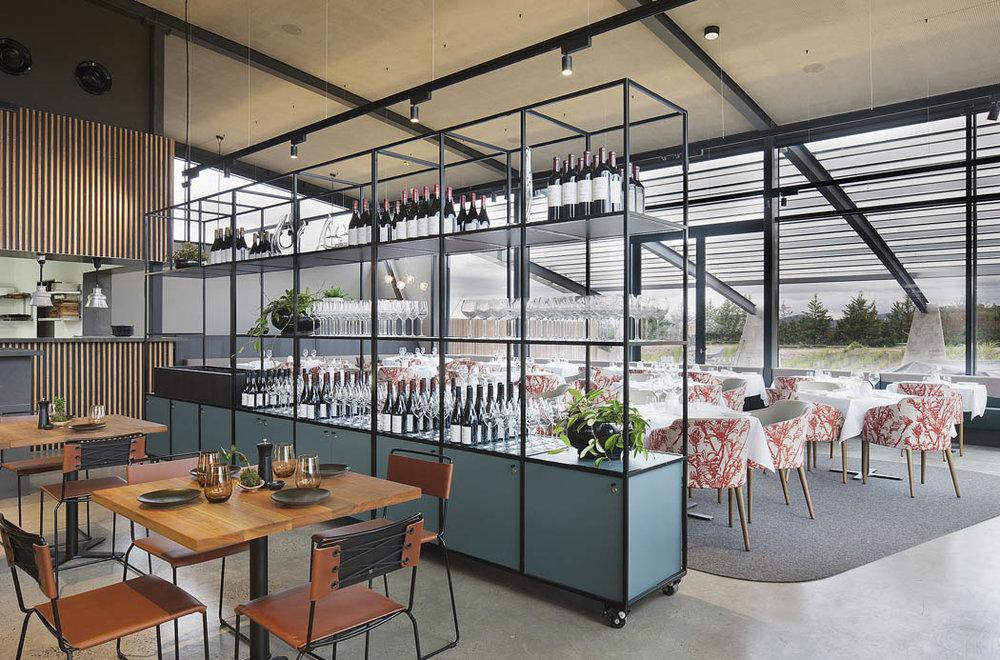 Molecule-Levantine-Hill-Estate-Interior-Coldstream-2015-Casual-Dining-Restaurant-01.jpg