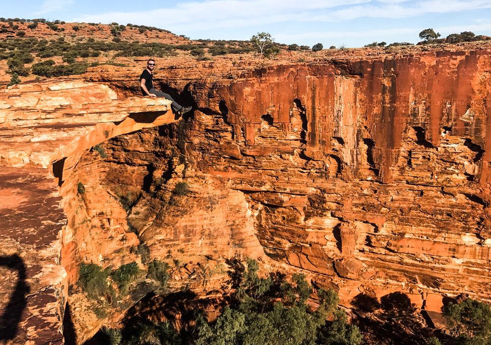 Kings-Canyon-ledge.jpg
