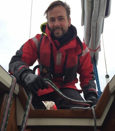 sailing1.jpg