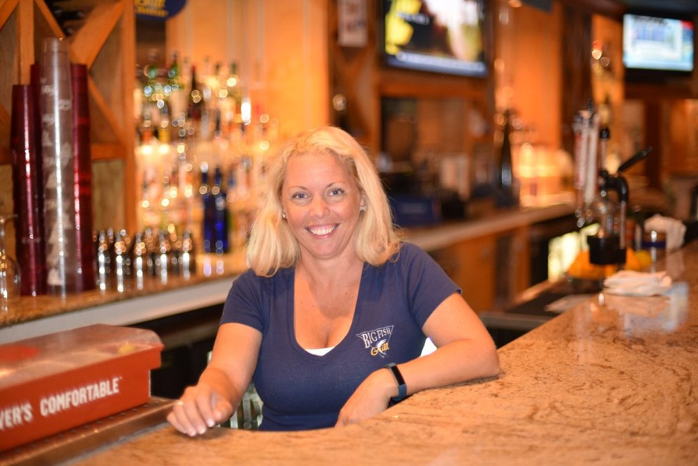 Big Fish Bartender thrives on connections, drink perfection - The first in an ongoing series about local professional bartenders at the beach.
