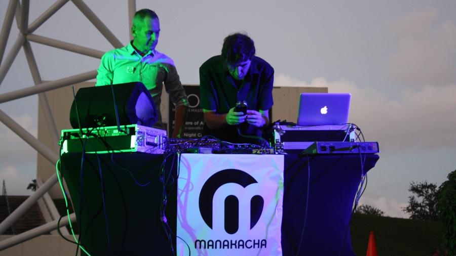 Nicolas-Mannoni-eBoy-Miami-Manakacha.JPEG