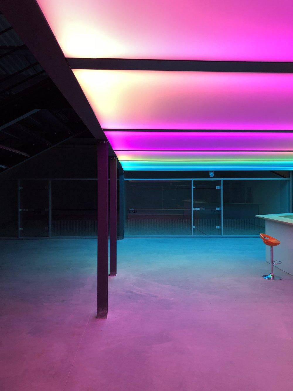 Réglage dynamique des couleurs avant ouverture du complexe M squash