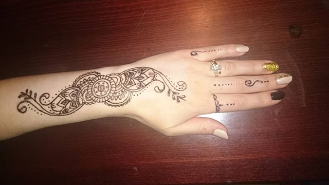 #thebin #bodyinknarrative #fun #creative #artistic #friends #family #henna #jagua #nightlife #bodyart #art #social #tattoo #event #wine #detail #intricate #alcohol #dining #inked #mehndi #restaurant #bar #drawing #howto #diy #interactive #nyc