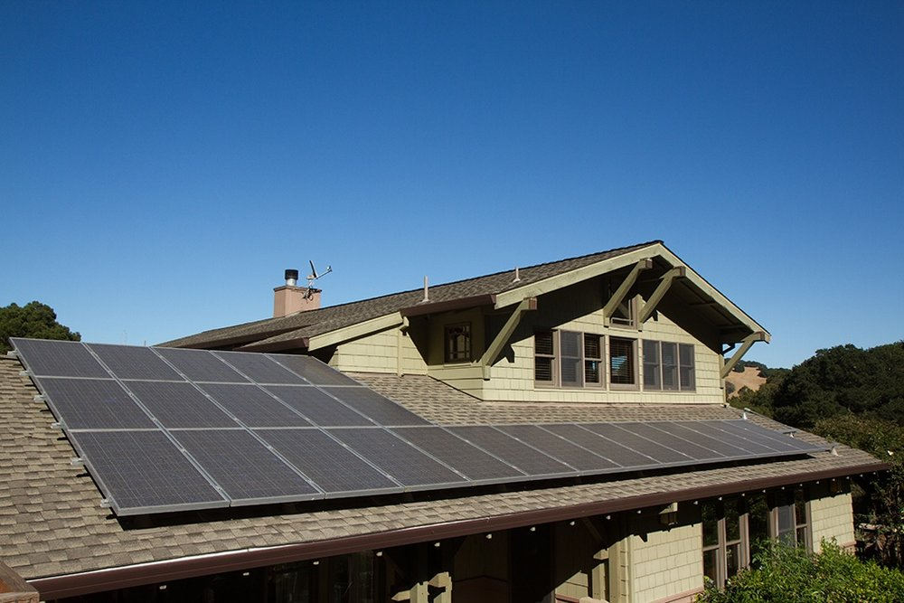 Going_Solar_3_Reasons_Why_Solar_Panels_Should_Be_Your_2018_Home_Improvement_Project.jpg
