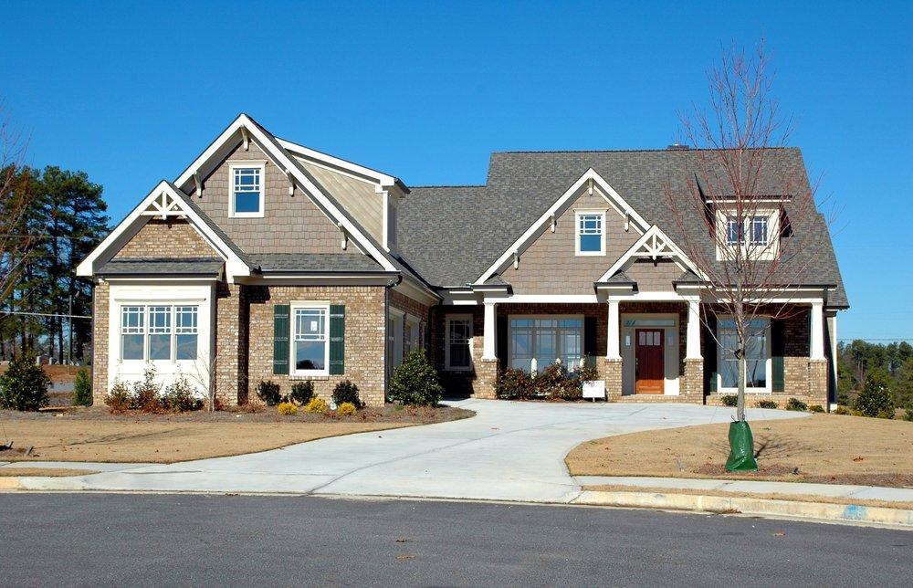 driveway-3088488.jpg