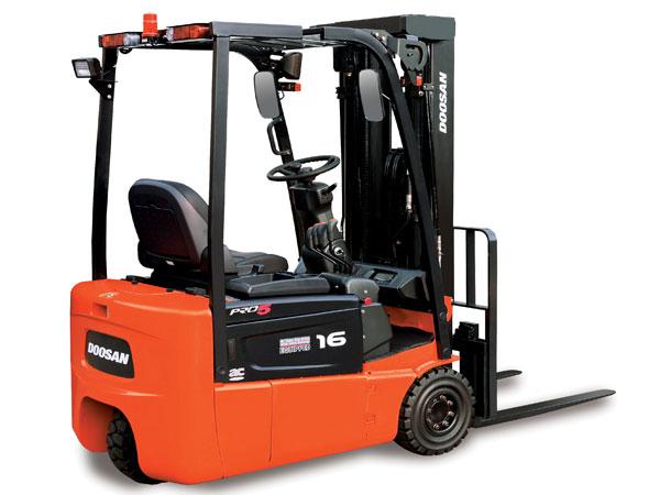 2,500 - 3,200 lb Electric
