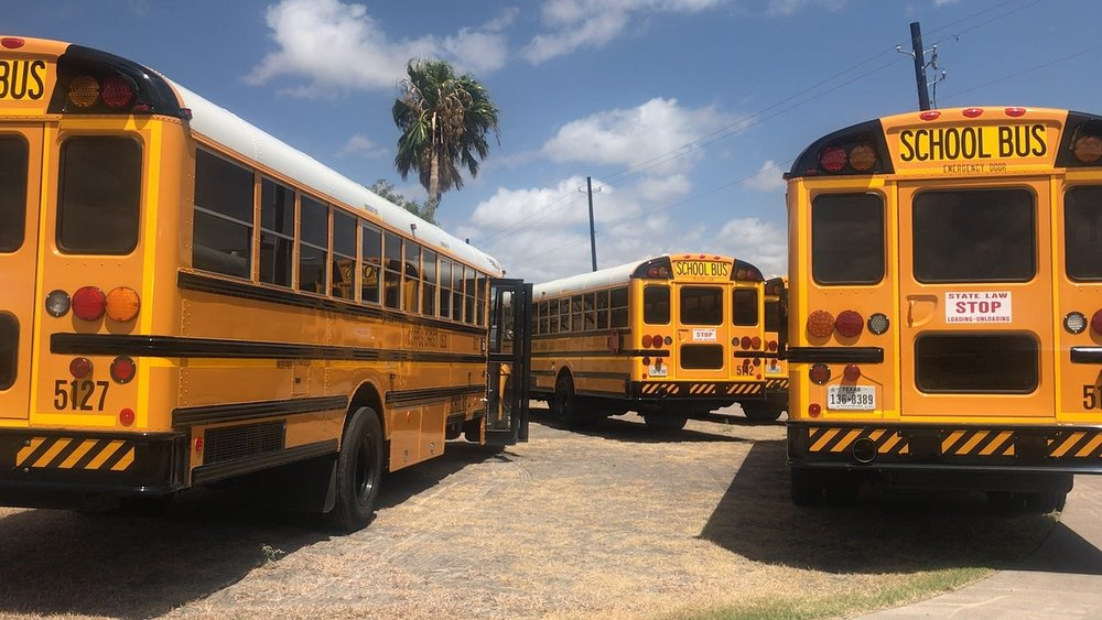 SCHOOL DISTRICTS HAVING DIFFICULTY GETTING BUS DRIVERS CERTIFIED -