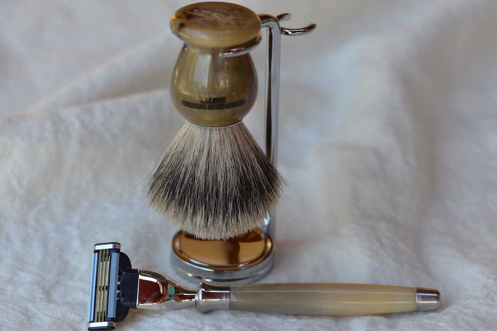 A beautiful shaving set from Thiers -