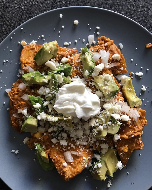 Chilaquiles! My brunch yesterday. So tempted to make it again RIGHT NOW!  #chilaquiles  #jaymesplates