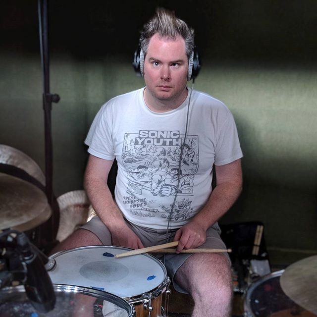 This guy. ⚡⚡🥁☢️#manimal #sonicyouth #shorts #drummer #rock #thisguy @greggbradenuk