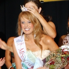Elizabeth Hawthorne Miss Oakland County 2010 3rd Runner Up, Miss Michigan 2011 Miss America Community Service