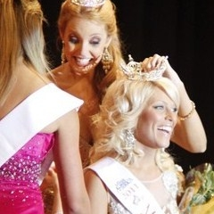 Kelly Oles Miss Oakland County 2011 2nd Runner Up, Miss Michigan 2012 Excellence in Interview Award