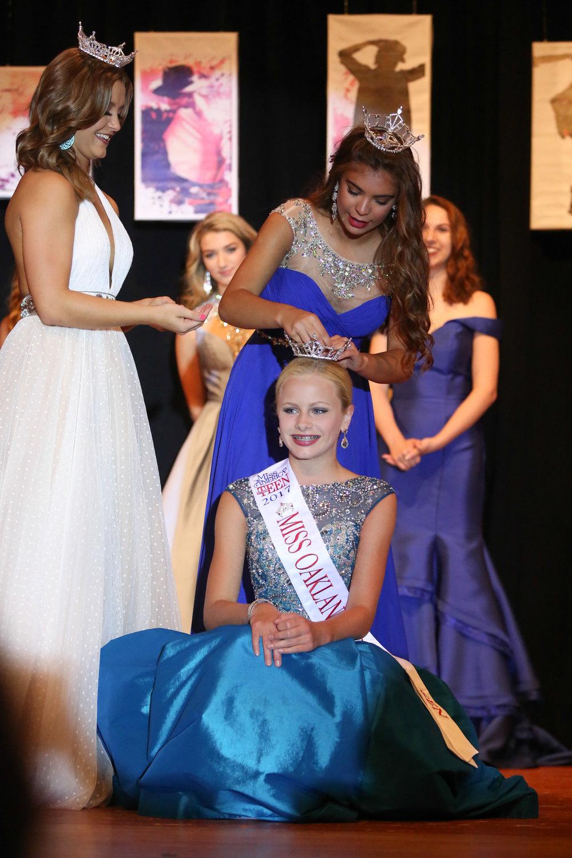 Aubrey Hammis  Miss Oakland County's Outstanding Teen 2017  4th  Runner Up, Miss Michigan's Outstanding Teen 2018   Preliminary Talent Winner