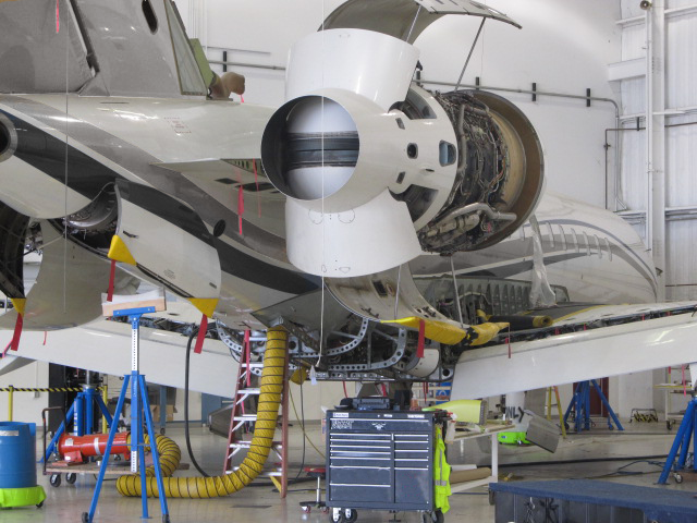 Bombardier Global undergoing 8C maintenance inspection