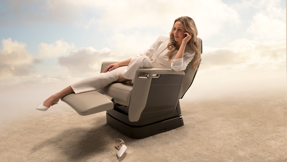 The nuage seat - Experience the tailored luxury of the Global 7500 with a customizable cabin and revolutionary deep recline of the Nuage seat, the first new seat architecture in business aviation in 30 years.