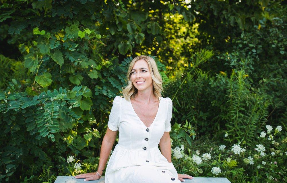 Ashleigh norris Holistic Nutritionist Hashimoto's Autoimmune Toronto