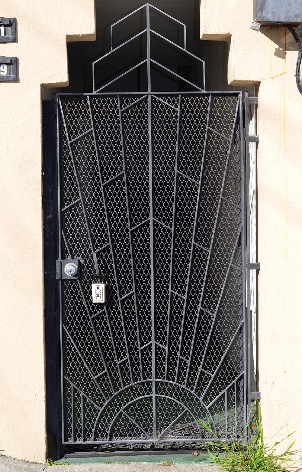 Gate#1