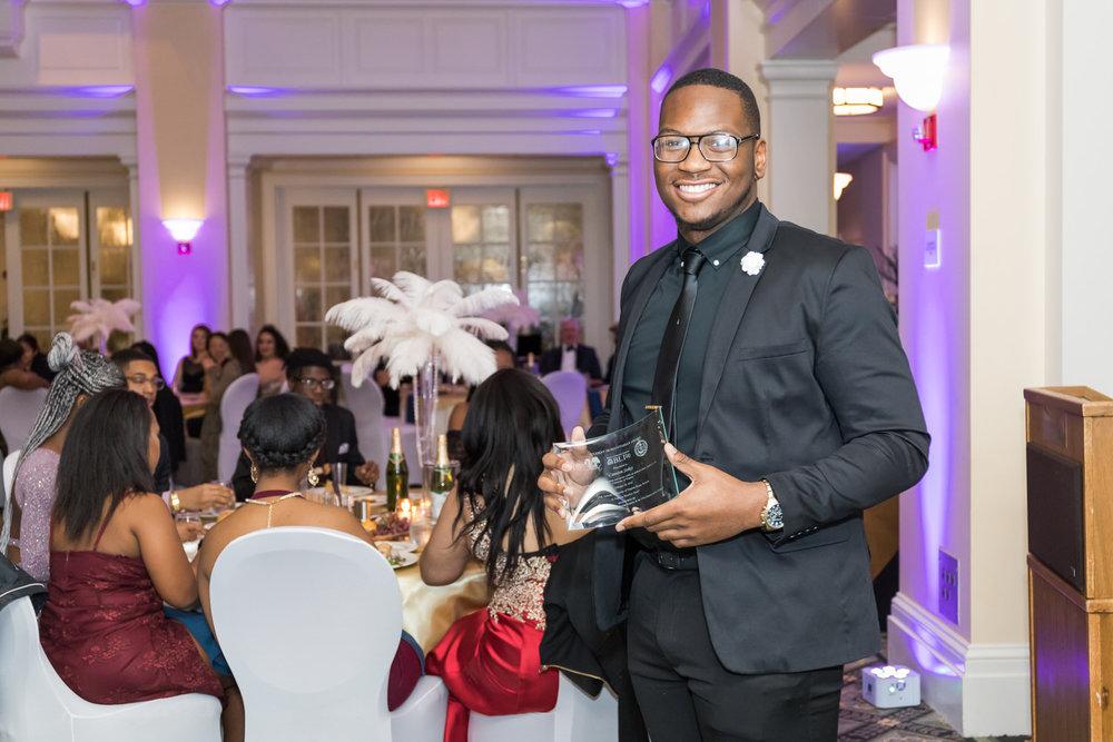 Darden-UVA-Black-Ball-2018-Charlottesville-Wedding-Photographer-15 of 22.jpg