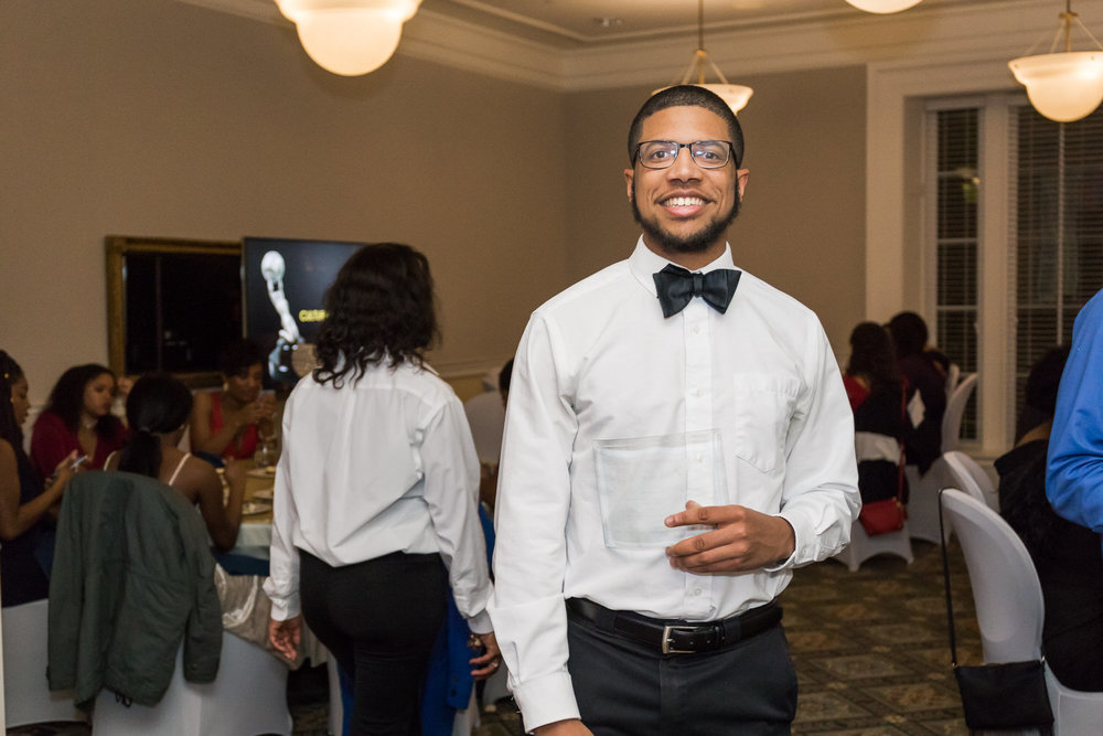 Darden-UVA-Black-Ball-2018-Charlottesville-Wedding-Photographer-16 of 22.jpg