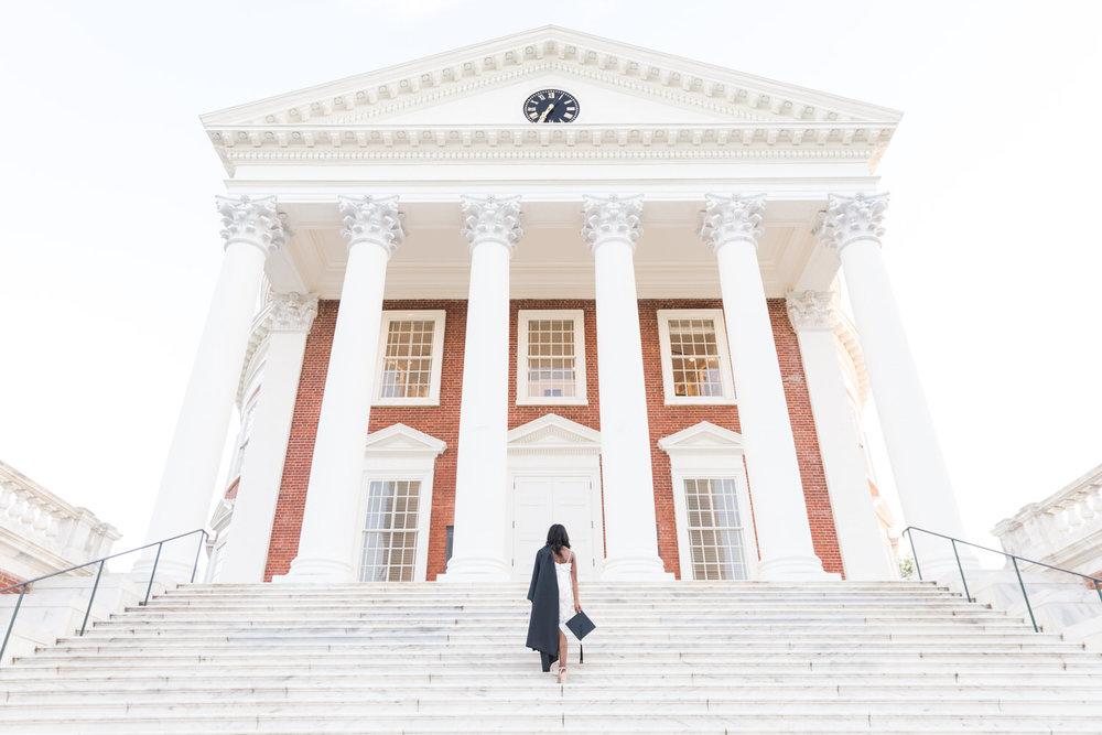 Best-Charlottesville-Virginia-UVA-Graduation-Photographer-Rotunda-Cap-and-Gown