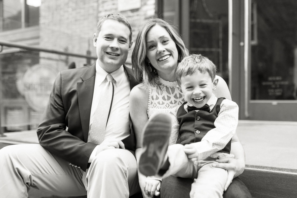 Best-Charlottesville-Virginia-Family-Photographer-Downtown-Mall-Happy-Family-Sitting-on-Steps