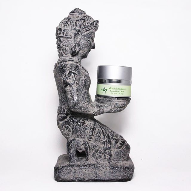 Dont miss out on Mindful Radiance's brilliant Retinol Eye Cream! Available online on our website!