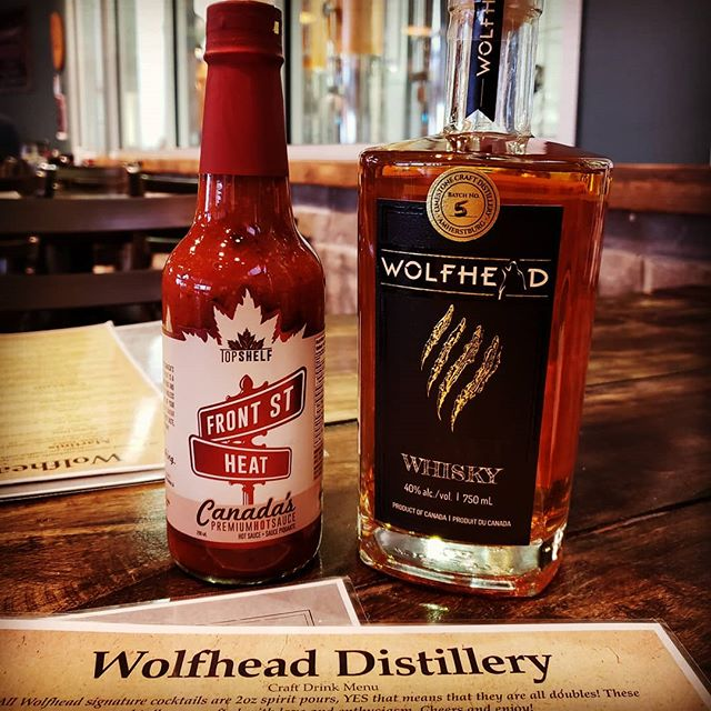 Love making new friends!! 🔥Front St Heat🔥now available in store, and ON EVERY TABLE at Wolfhead Distillery!! @drinkwolfhead  This place is beautiful and their coffee whiskey is something special!! Great Food, Fantastic Drink.🥃 Perfect match for 🇨🇦🌶Canada's Premium Hot Sauce.  #PairsWithEverything #CanadasHotSauce