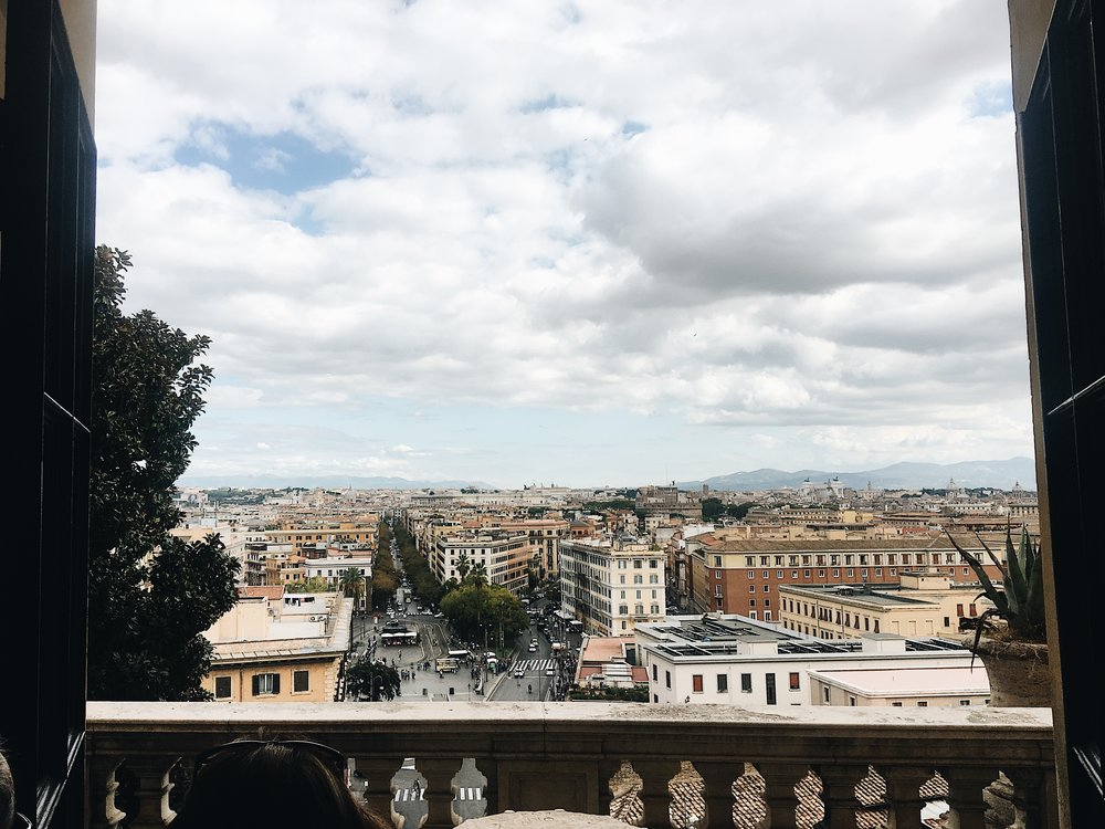 Rome-Vatican-Ashley-O'Neill-How-to-do-rome-in-3-days-weekend-in-rome.jpg
