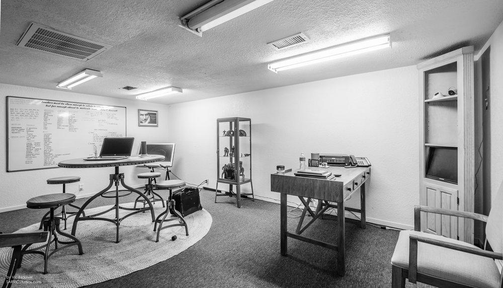 new office upstairs 1.jpg