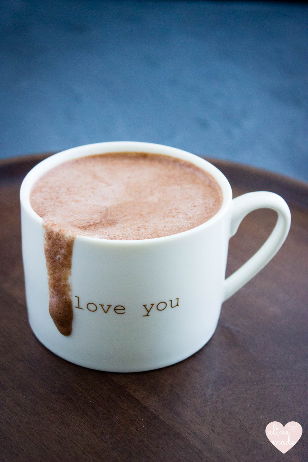 Vegan Hot Chocolate - Creamy and so delicious!