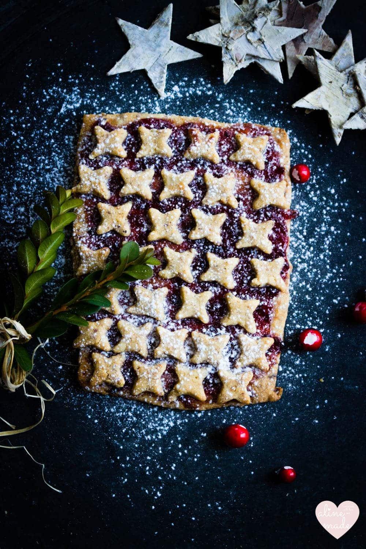 Linzer Christmas Cookies - 60 small Cookies or 6-8 large Cookies