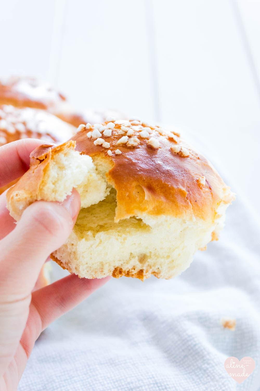 Swiss Three Kings Cake - Who has the king?