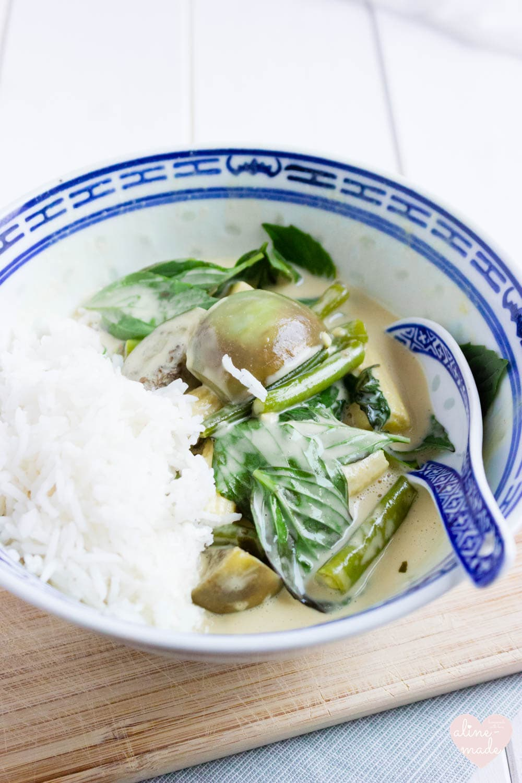 Vegan Thai Green Curry - Serves 2 - Total Time 25 Minutes