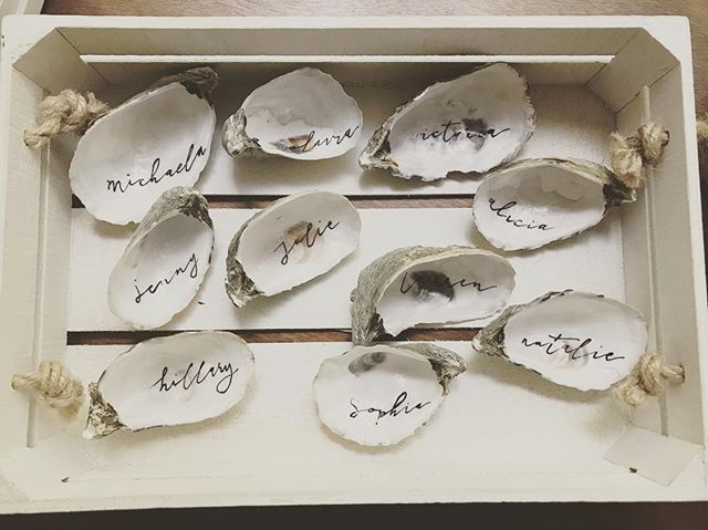 #TBT to these loosely written place card shells for @truebotanicals. ⠀ .⠀ .⠀ .⠀ Plumeandpulp.com⠀ #practicemakesprogress #handmade #handwritten #handlettered #handmadefont #dailytype #goodtype #brushcalligraphy #typeinspired #calligraphy #handletteringdaily #handletteringpractice #illustrations #letteringcommunity #craftqueen👑 #losangelesartist #craftaholic #paperphile  #handcraftedinlosangeles #handletteringdaily #letteringtribe #handcraftedcards #plumeandpulp #losangelescalligrapher⠀ ⠀