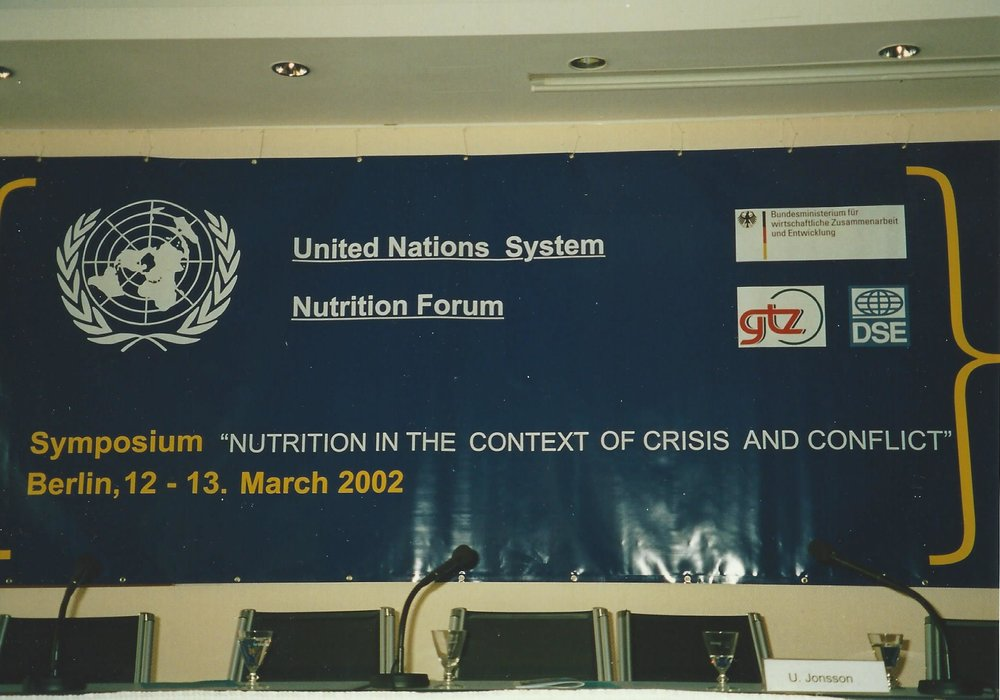 Catherine Bertini elected to Chair of the UN System Standing Committee on Nutrition (2002)