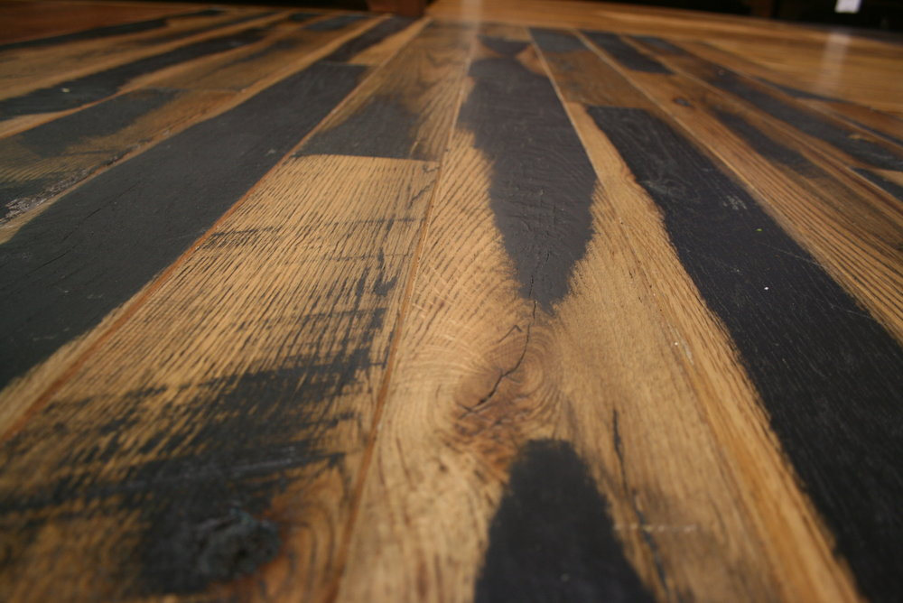 KENTUCKY RACEHORSE SKIP PLANED BLACK - CLICK TO VIEW FLOORING SPECIFICATIONS