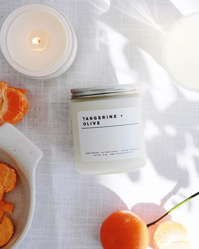 INTRODUCING: Tangerine + Olive! This cool and citrus scent is reminiscent of meandering along the coast of the Mediterranean Sea, soft linens blowing in the wind, kalamata olive branches amongst leafy greens, cucumber water and freshly cut basil. Catch it in person tomorrow at @labmpls #thecollectivempls ! 🍊✨ • • • #truehue #homefragrances #spring #tangerine #minimalism #scandinaviandesign #minnesotamade #minneapolis #mnmade
