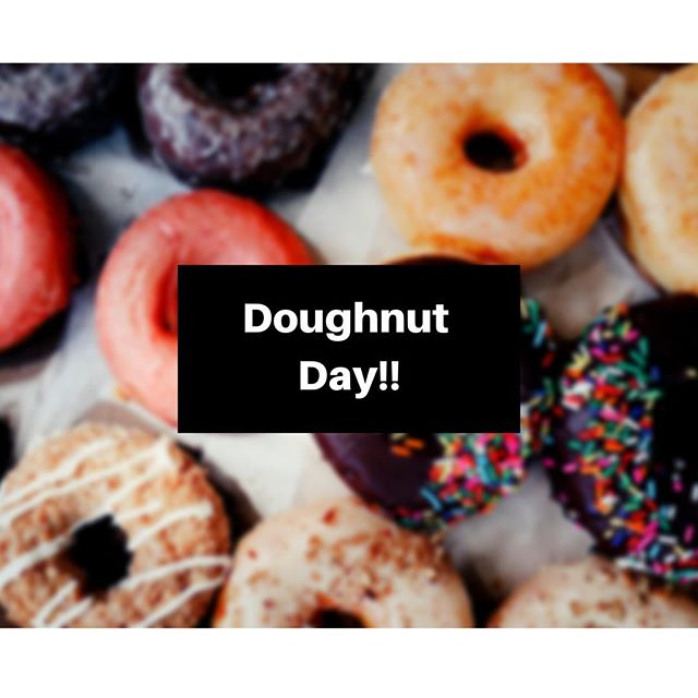 Swing by the BAUS room (Tilley 203) and enjoy an assortment of doughnuts from the Donut Bar🍩😋 Come while supplies last💯