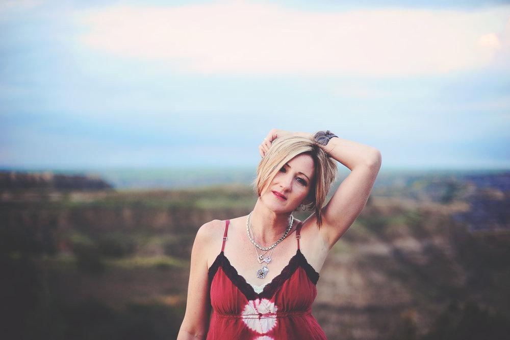 Cassandra Sasse Roughneck Gypsies.jpg