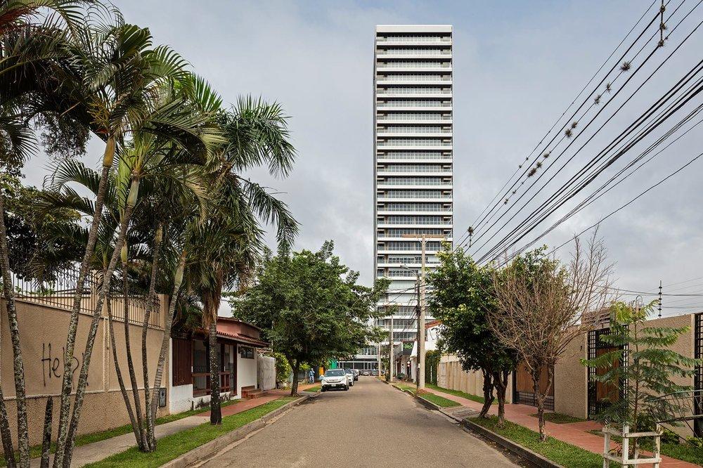 Torre AMBASSADOR - Arquitectos Hans Kenning y Jorge Gambi