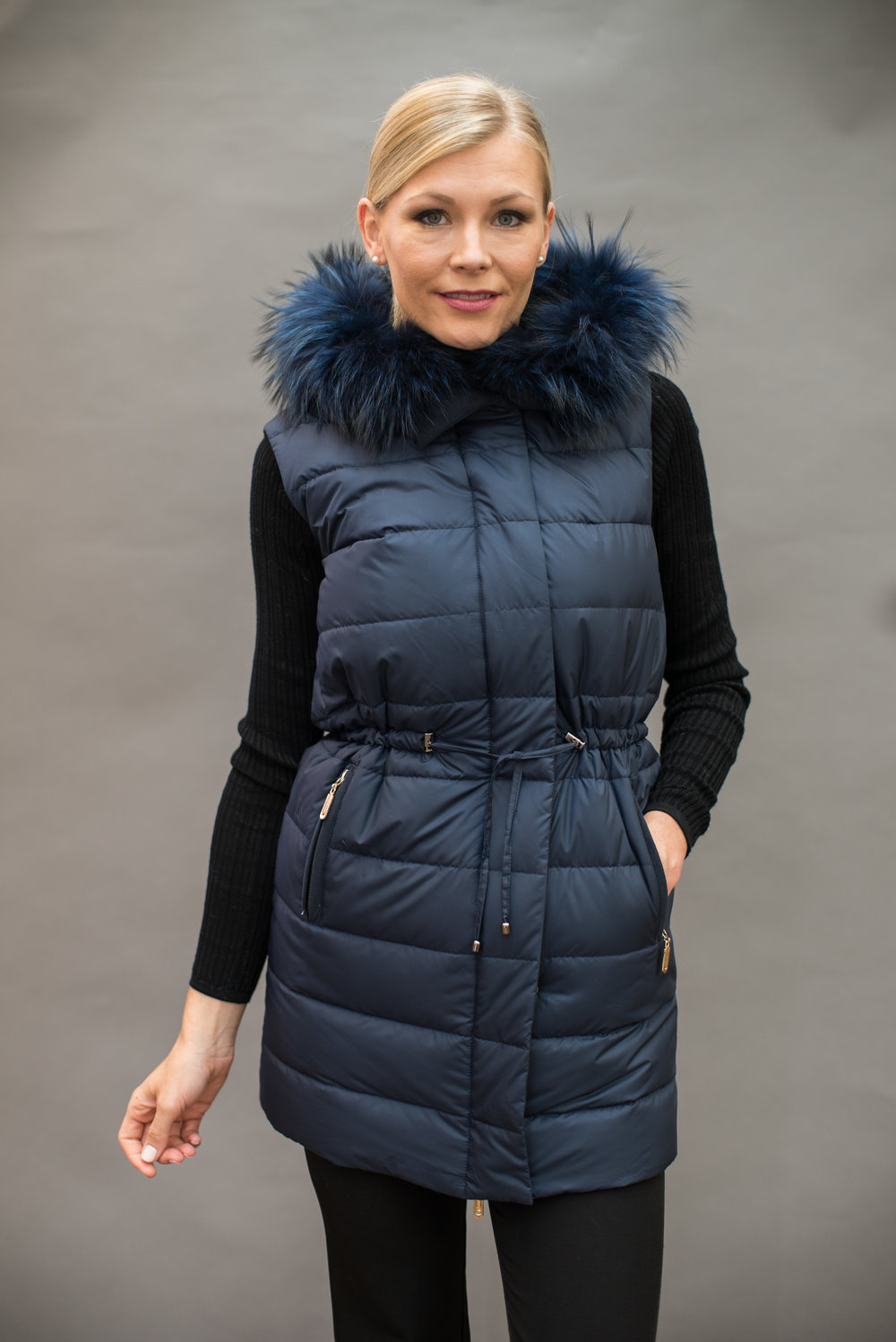 Blue duck coat with fur trim lining