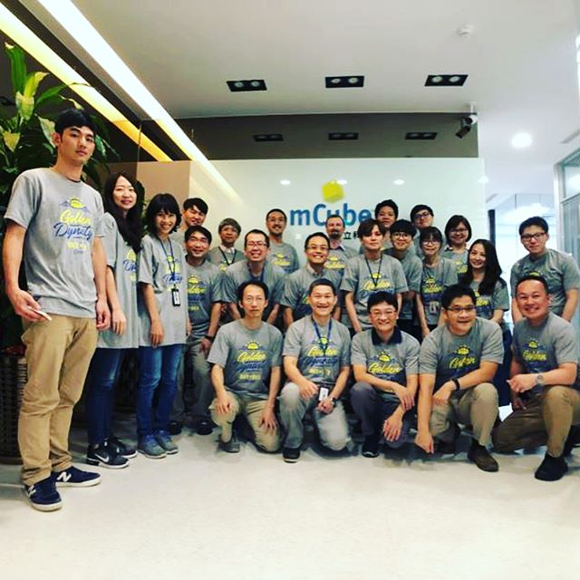 Tees for Taiwan office of mCube! These happy customers sent me a photo all the way from Taiwan showing off their transpacific love for the Golden State Warriors.🇹🇼
