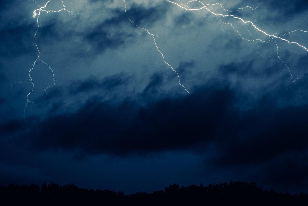 lightning dancing - 101